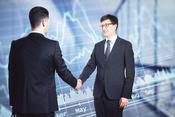 投資運用業者が得る報酬に合理的根拠はあるのか