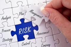 Q3ある種のCATボンドには信用格付けもありますが、保険関連商品に内在するリスクは信用リスクとはかなり異なっているといえます。どのようなリスクを考慮する必要があるのか、また投資家保護のためにこれらのリスクをどのように軽減するのかをお示しください。